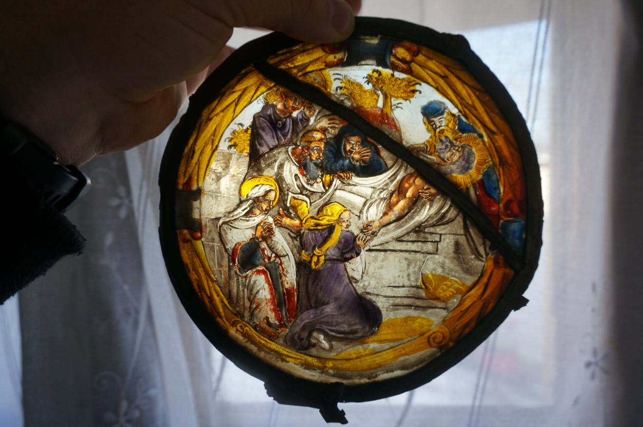 Originálne vitráže z hradnej kaplnky