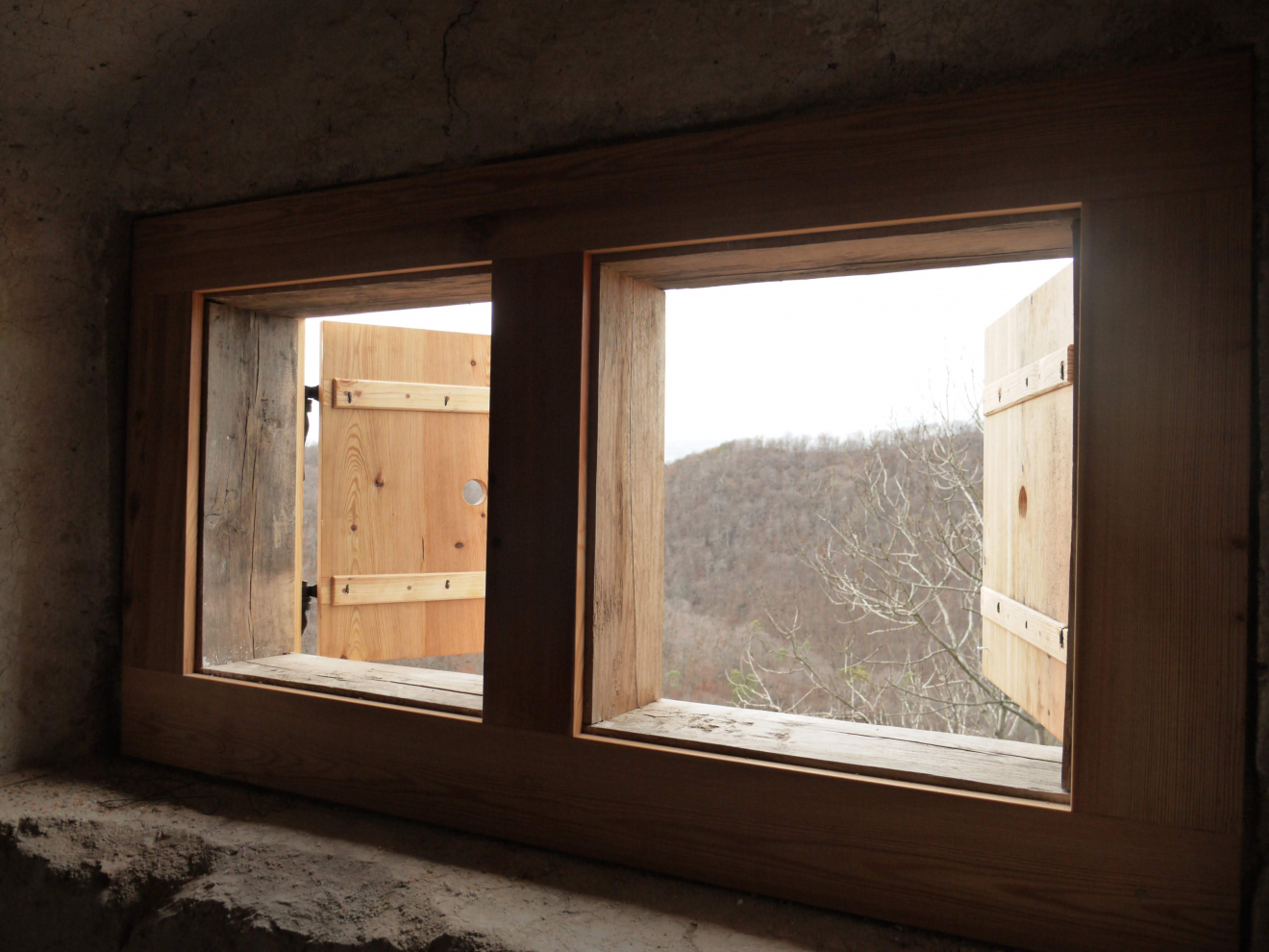 Dubové okenné puzzle
