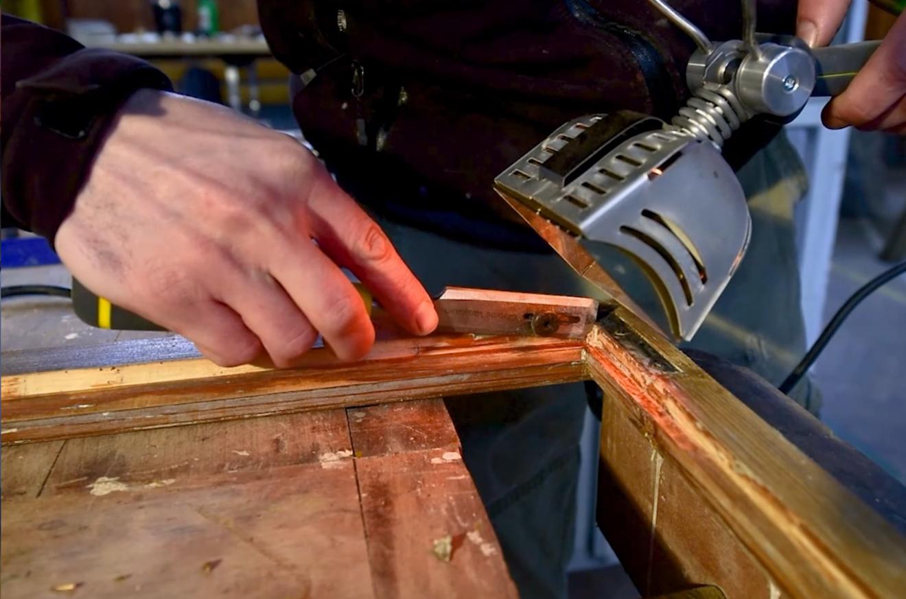 Film: Oprava starého okna