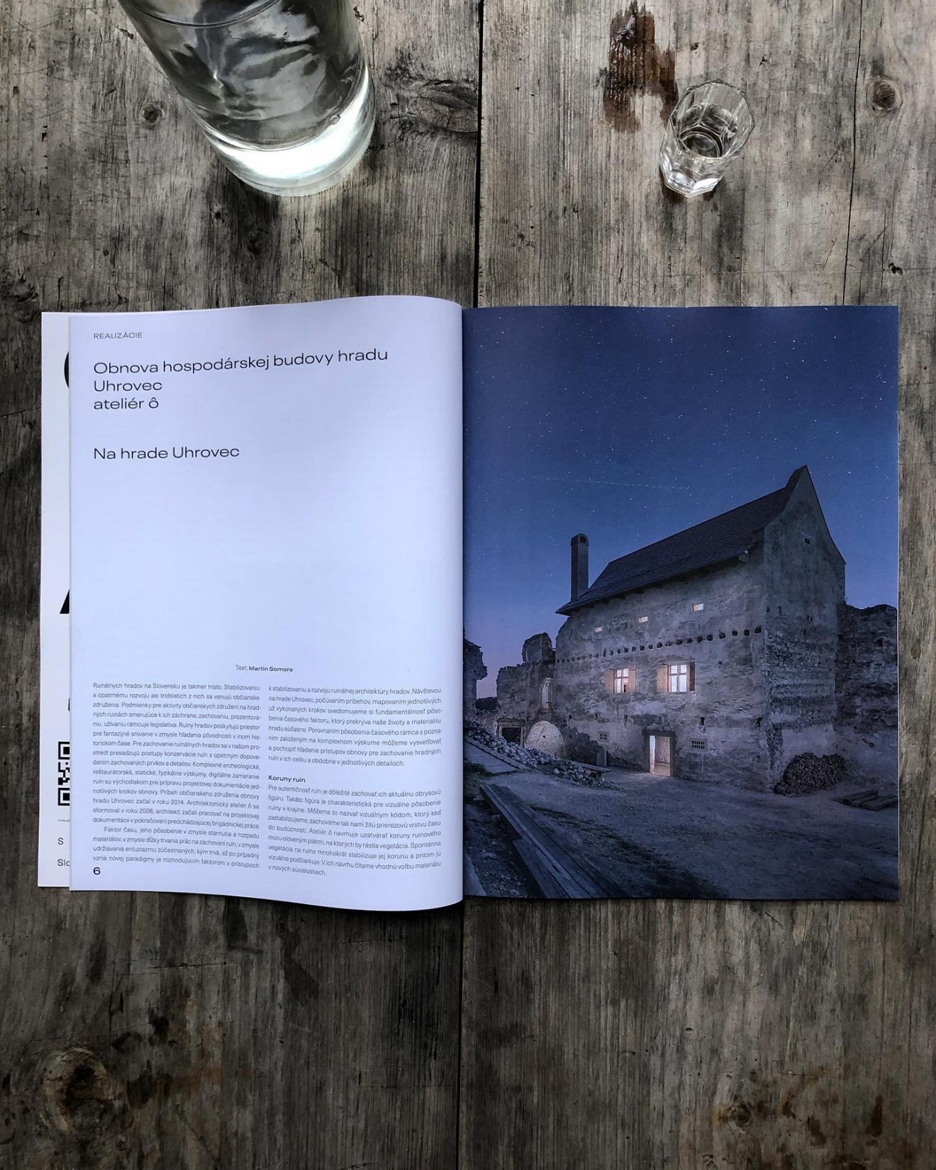 Hospodársky budove na hrade Uhrovec v Časopise PROJEKT 02/2021